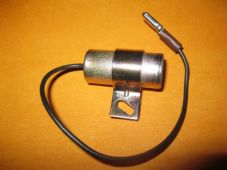 LANDROVER 90, 110, 2.25, 2.5 (80-90)NEW IGNITION CONDENSER - 33450
